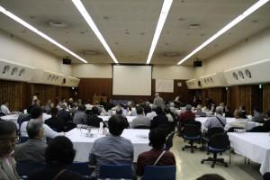 大西さん(S52)の司会で今年の丸高会が始まりました。